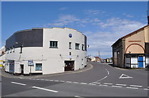 ST0743 : Curved Building - Watchet by Ashley Dace