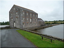 SN0403 : The French Mill at Carew by Jeremy Bolwell