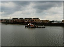 TQ7568 : Boat on River Medway - Chatham by Paul Gillett