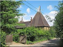 TQ6668 : Goldings Oast, Battle Street, Cobham by Oast House Archive