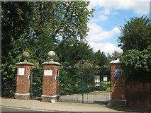 TQ4666 : Priory Gardens Gate by David Anstiss