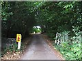 SO8674 : Entrance drive to Stone House Cottage Garden & Nursery, Stone by P L Chadwick