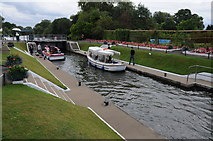 SU9079 : Bray Lock by Philip Halling