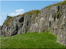NS7894 : Rocky outcrop by James Allan