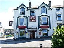 SH5873 : Tap & Spile pub on Garth Road, Bangor by Meirion