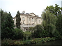 TQ2783 : Large house on the bank of the Regent's Canal #2 by Robert Lamb