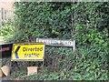 SU3987 : Signs by the road by Bill Nicholls