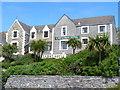 NL6698 : Castlebay Hotel by Colin Smith