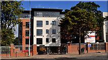 J3674 : New apartments, east Belfast by Albert Bridge