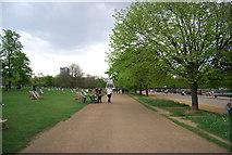 TQ2780 : Path across Hyde Park by N Chadwick
