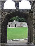 SM7525 : A half-octagonal doorway by Virginia Knight