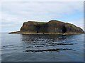 NM3235 : Southern end of Staffa by Oliver Dixon
