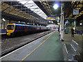 SE1416 : Platform 4a, Huddersfield railway station by Phil Champion