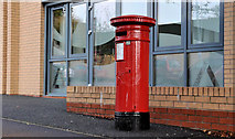 J3375 : Victorian pillar box, Belfast by Albert Bridge