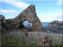 NJ7164 : Rocks at Loch Craig by sylvia duckworth