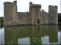 TQ7825 : Bodiam Castle (south range) by Jeremy Bolwell