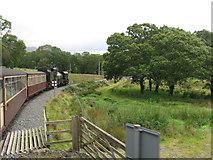 SH5848 : Welsh Highland Railway near Cwm Cloch, Beddgelert by Gareth James