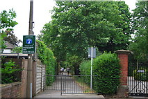 TQ1774 : Ducks Walk, Twickenham by N Chadwick