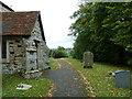 SP9626 : St. Nicholas, Church End, Hockliffe: church path (a) by Basher Eyre