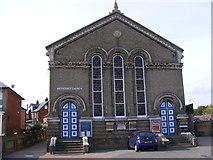 TM2749 : Woodbridge Methodist Church by Adrian Cable