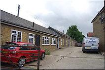 TQ5885 : Bridge Cottages by N Chadwick