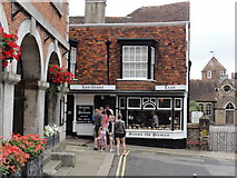TQ9220 : Rye/East Sussex, Lion Street by Helmut Zozmann