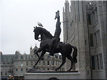 NJ9406 : Robert the Bruce Statue by Colin Smith