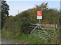 SS8183 : Railway crossing to the west of Pyle by eswales