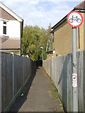 TQ3355 : Public footpath, Caterham-on-the-Hill by Malc McDonald