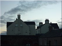 NT6779 : East Lothian Architecture : Old and New Manses at Bayswell Road, Dunbar by Richard West