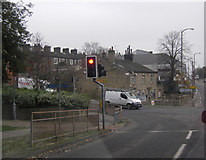 SE0824 : Traffic lights at junction of A646 and Queen's Road by Peter Bond