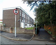ST1587 : Morgan Jones flats, Caerphilly by Jaggery