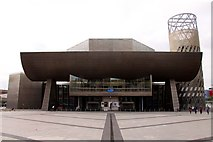 SJ8097 : The Lowry Centre in Salford Quays by Steve Daniels
