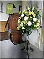 SU6431 : Pulpit, St Peter's Church by Maigheach-gheal