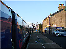 ND1559 : Changing ends at Georgemas Junction by John Lucas