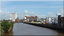 TA1029 : River Hull, Hull (1) by Stephen Richards