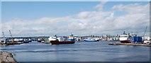 NJ9505 : Aberdeen harbour by Robert W Watt