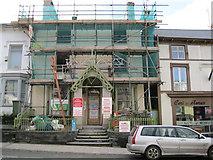 SH5638 : Gwaith adeiladu - Building work by Alan Fryer