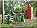 TL6354 : Bins And Box by Keith Evans