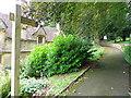 ST5312 : Path near the Almshouses by Maigheach-gheal