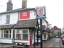TQ1667 : Red Lion, Thames Ditton by Colin Smith