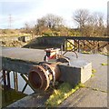 NS4671 : Disused pier (detail) by Lairich Rig