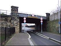 SE2932 : Railway bridge over Sweet Street West by JThomas