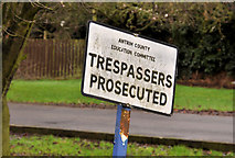 "J1586 : Old ""trespass"" sign, Antrim by Albert Bridge"