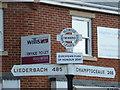 SU0809 : Verwood: twinning signpost fingers by Chris Downer