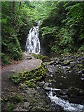 J3996 : Gleno Waterfall by Puffer
