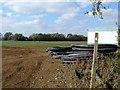 SP0944 : Footpath to Bretforton [2] by Michael Dibb