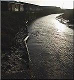 TA1031 : River Hull, Stoneferry by Paul Harrop