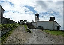 HU4007 : Sumburgh Head - Lighthouse and foghorn by Rob Farrow