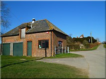 SU8312 : Building at Brickkiln Farm by Shazz